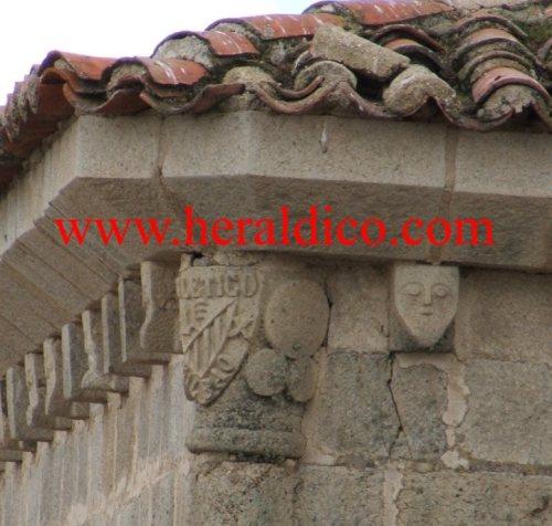 Curiosidad heráldica en la torre de Sta.Maria la Mayor de Trujillo