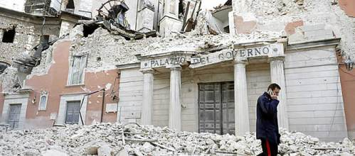 decenas-muertos-terremoto-centro-italia