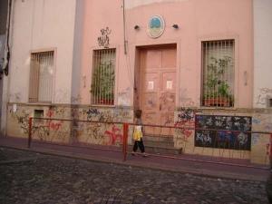 """¿Se atreverá alguien a decir que la mayoría de las pintadas y """"grafittis"""" son una simple agresión a la estética urbana?..."""