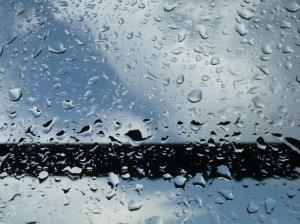 Desde hace tiempo, este bloguero cree que no hay cuadro más hermoso que ver llover...