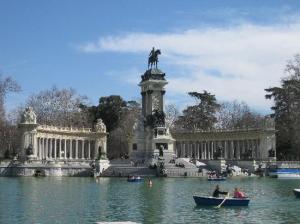 Con naumaquias o sin naumaquias, y pase lo que pase el domingo, siempre nos quedará Madrid...